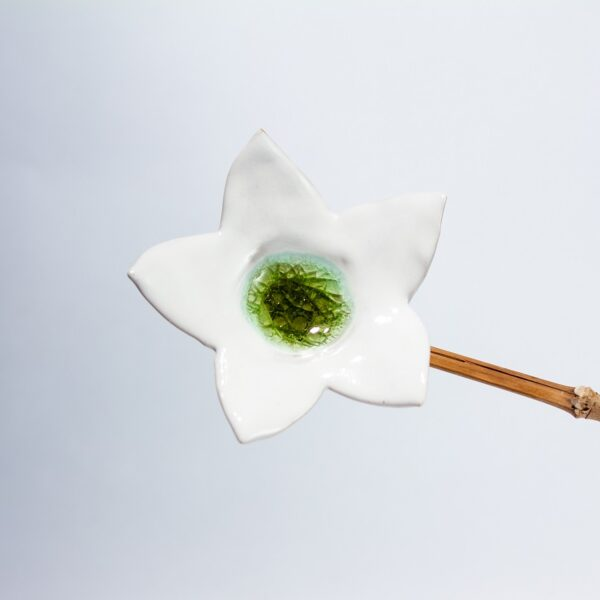 Fleur verte grès